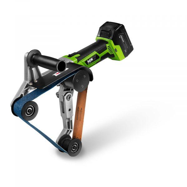 Aku pásová brúska na trubky - 760 mm, výkonný 400 wattový motor s 3 000 ot / min. jednoducho nastaviteľný počet otáčok medzi 6 výkonovými stupňami.